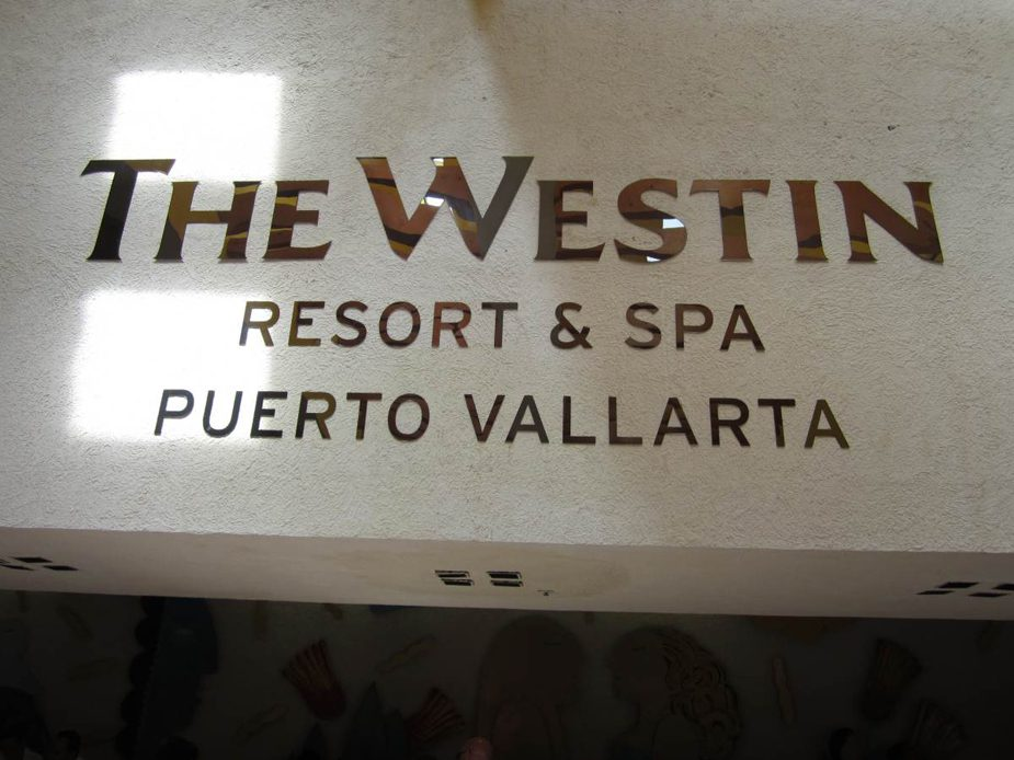 The westin resort and spa puerto vallarta rayce pr for 5 paws hotel and salon puerto rico