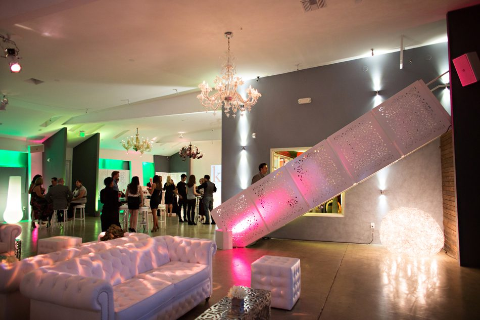 the lighter side lighting and the wedding party at unici casa