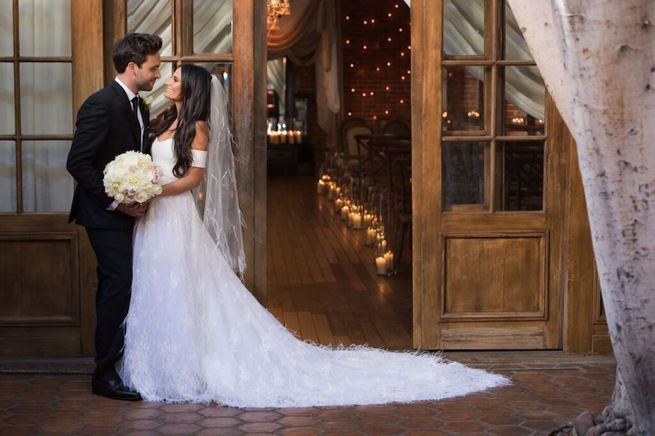 Elegant Carondelet House Nuptials on Strictly Weddings