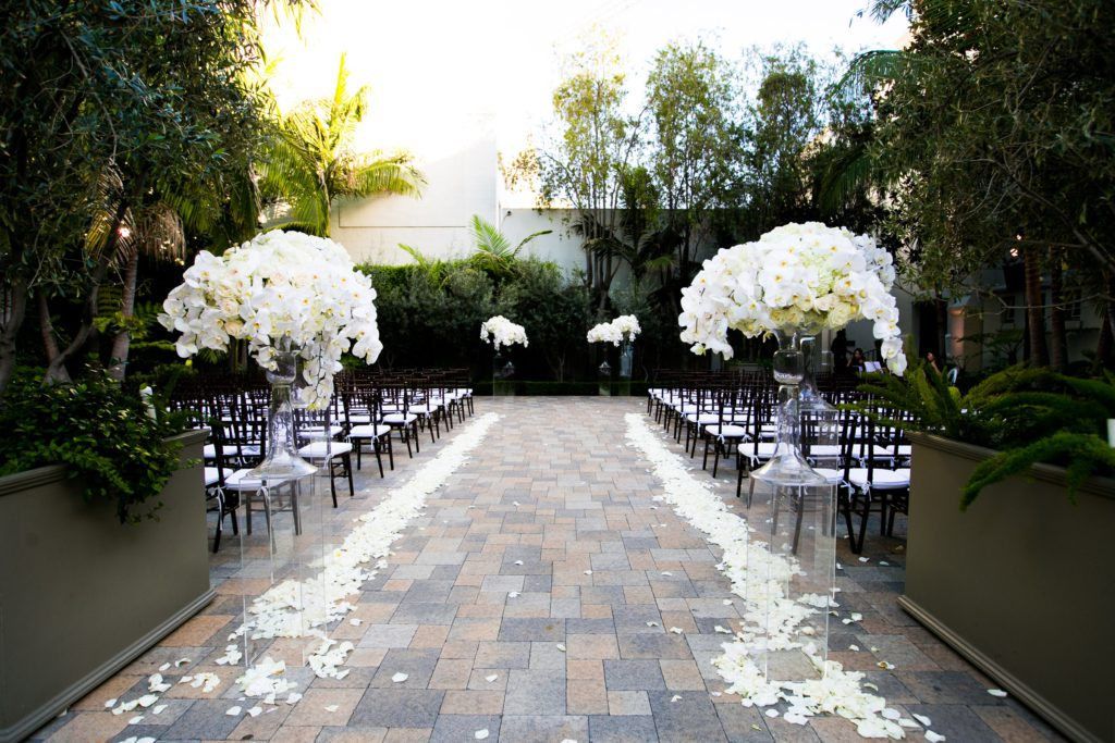 Vibiana_Wedding_CallawayGable_Photography_Featured_CaratsandCake_6