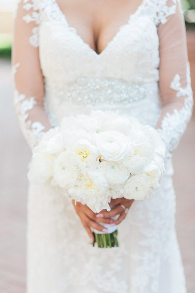 Pelican_Hill_Wedding_McCune_Photography_Flowersbycina_13