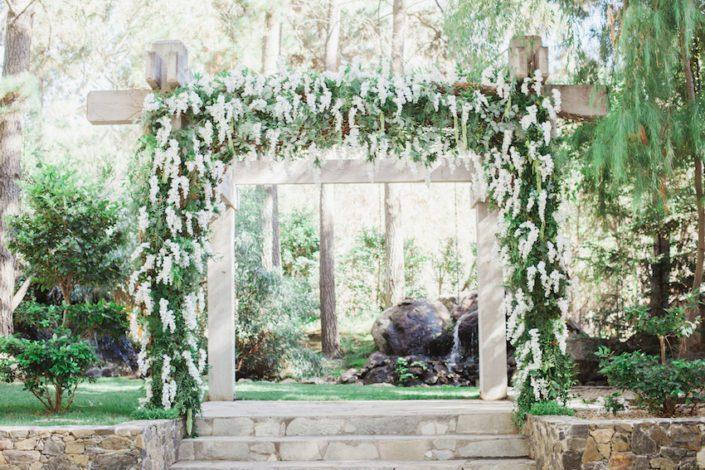 calamitous_wedding_flowersbycina_221events_peterson_21-705x470