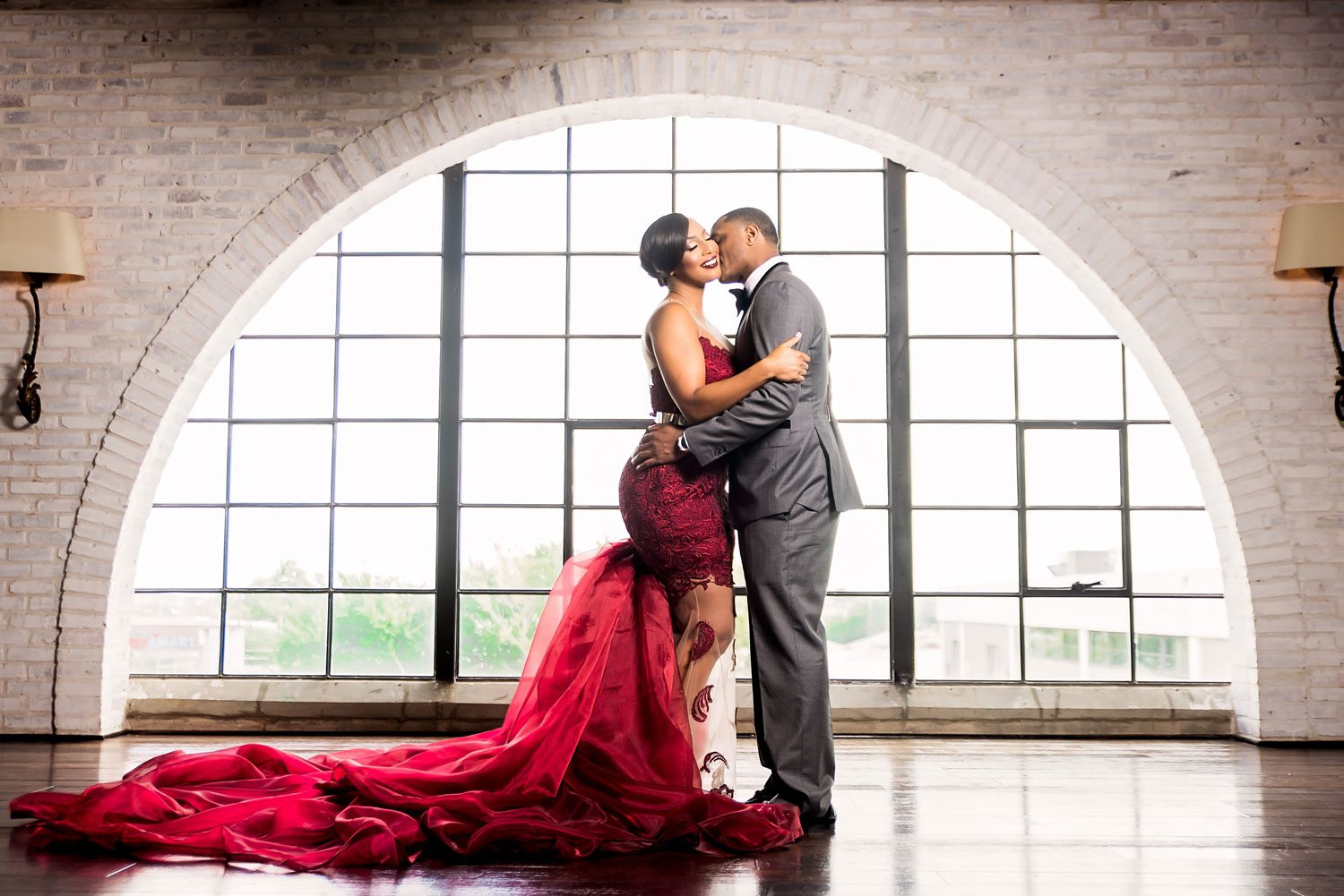 Pharris Photos featured on Inside Weddings
